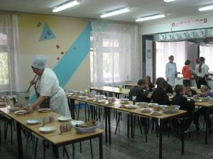 Школьная столовая. Фото: kp.ru