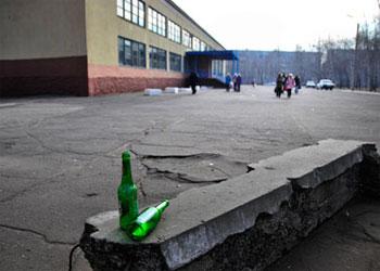 Онищенко предлагает лечить алкоголиков принудительно