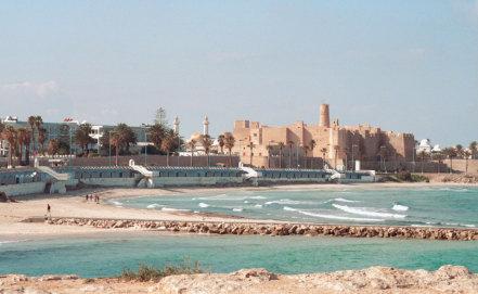 Тунис накрыли проливные дожди и порывистый ветер, скорость которого превысила 90 км/ч