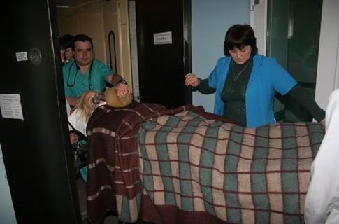 Оксана Макар в Донецком ожоговом центре. Фото: ru.tsn.ua