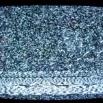 Белый шум в телевизоре. Фото: halfwaybetweenthegutter.wordpress.com