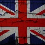 Повреждённое изображение флага Великобритании. Фото: gdefon.ru