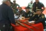 Мексика сдаёт оружие. Кадр RTVi