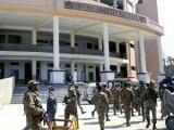 Солдаты перед судебным комплексом города Пешавар, Пакистан. Фото: nation.com.pk