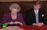 Голландская королева Беатрикс отреклась от престола. Кадр RT