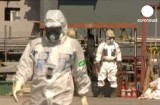 Персонал АЭС Фукусима. Кадр Euronews