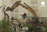 Разбор завалов на месте взрыва газа в Реймсе, Франция. Кадр Euronews