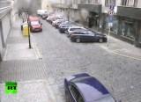 Момент взрыва газа в Праге 29 апреля 2013 года. Кадр RT