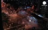 Беспорядки, учинённые футбольными фанатами в Рио-де-Жанейро. Кадр Euronews
