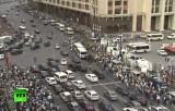 Несанкционированный митинг в поддержку Навального в Москве. Кадр RT
