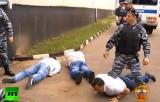 Арест нелегальных мигрантов в Москве. Кадр RT