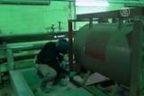 Инспектор ОЗХО проверяет бывший сирийский завод химоружия. Кадр NTDTV
