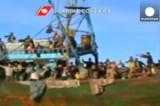 Сотни беженцев спасли с корабля у берегов Сицилии. Кадр Euronews