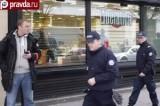 Жандармы рядом с офисом газеты Liberation в Париже. Кадр pravda.ru
