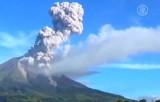Извержение вулкана Синабунг в Индонезии. Кадр NTDTV