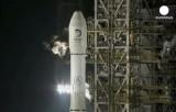 Ракета с китайским луноходом на старте. Кадр Euronews