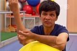 Габриель Гранадос - мексиканец, которому пересадили обе руки. Кадр NTDTV