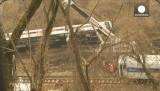Нью-Йоркская электричка сошла с рельсов. Кадр Euronews
