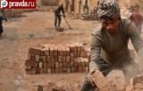 Производство кирпичей в Бангладеш. Кадр pravda.ru