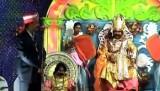 Представление на фестивале Дхануятра в индийском городе Баргарх. Кадр NTDTV