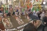 Акция протеста курдов в Стамбуле. Кадр Euronews