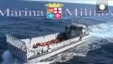 Спасение мигрантов у острова Лампедуза. Кадр Euronews