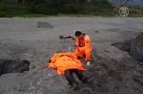 Счастливое спасение рыбака на Тайване. Кадр NTDTV