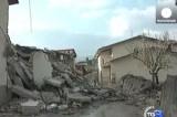 Разрушенный землетрясением итальянский город Аквила. Кадр Euronews