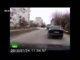 Видеорегистратор запечатлел момент падения снаряда в Мариуполе
