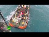 Спасатели МЧС РФ приняли участие в подъеме со дна моря хвоста самолета AirAsia