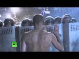 «Евромайдан» в фотографиях погибшего фотокорреспондента Андрея Стенина