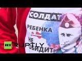 В Риге растет спрос на футболки с изображением Владимира Путина