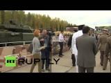 Иностранные делегации посетили выставочную экспозицию Russia Arms Expo 2015